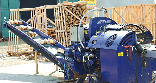 chopped Firewood production